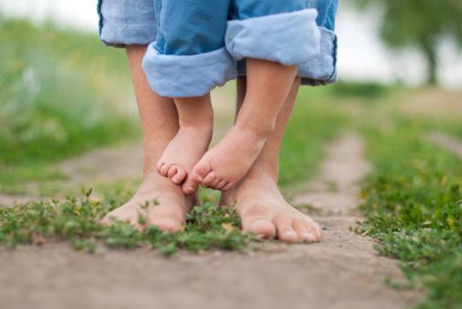 niemowle-nauka-chodzenia-czy-dziecko_240057 (1)